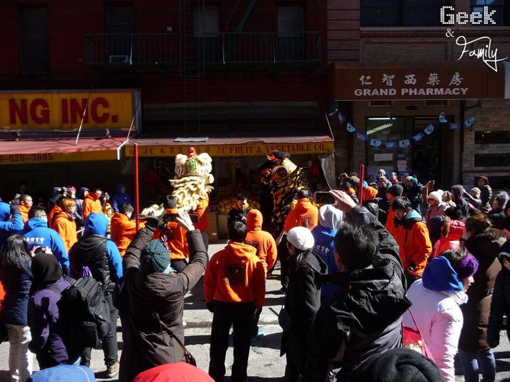 nyc63-china-town-dragons